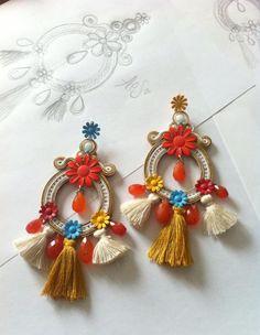 via Adel's Laborat… - Folkloreschmuck Gold Bridal Earrings, Unique Earrings, Earrings Handmade, Soutache Necklace, Beaded Earrings, Statement Earrings, Rakhi Design, Custom Jewelry Design, Jewelry Making Tutorials
