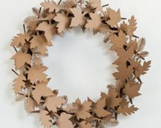 Cardboard Safari Cardboard Leaf Wreath – Welcome My World Kirigami, Fall Door Decorations, Fall Decor, Creative Crafts, Diy And Crafts, Art Origami, Diy Paper, Paper Crafts, Christmas Wreaths
