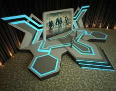 Davita Kurniawan on Behance Bühnen Design, Tv Set Design, Stage Set Design, Church Stage Design, Store Design, Plateau Tv, Concert Stage Design, Airport Design, Exhibition Booth Design