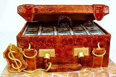 Очередной чемодан с деньгами.