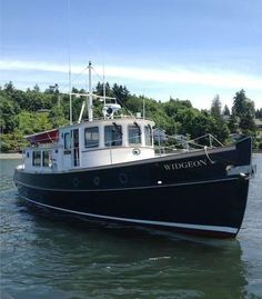 Best Boats, Cool Boats, Trawler Yacht, Motor Cruiser, Liveaboard Boats, Runabout Boat, Classic Wooden Boats, Cabin Cruiser, Vintage Boats