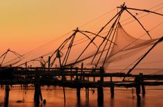 Cochin is the largest city in the state of Kerala and it is an important harbor city for trade in gold, textiles and fish. At one time, many spices were also traded here.