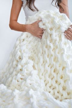 DIY | CHUNKY KNIT THROW #DIY #chunkyknit #accessories                                                                                                                                                      More