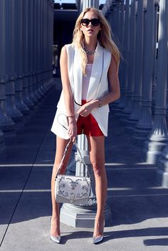White Alice blazer red Theory shorts and white Loubs Sleeveless Blazer Outfit, White Vest Outfit, Sleevless Blazer, Blazer Outfits, Layering Outfits, Business Casual Outfits, Inspired Outfits, Pretty Outfits, Crop Tops