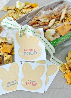 """Fun Easter gift idea- """"Bunny Food"""" with  cute printable tags. Thirty Handmade Days"""