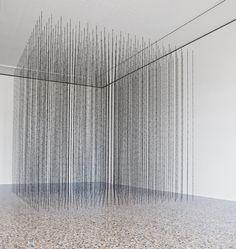 Mona Hatoum: Impenetrable, Installation at Guggenheim Museum, New York. Pompidou Paris, 3d Mesh, Paris Art, A Level Art, Land Art, Installation Art, Art Installations, Art Plastique, Light Art