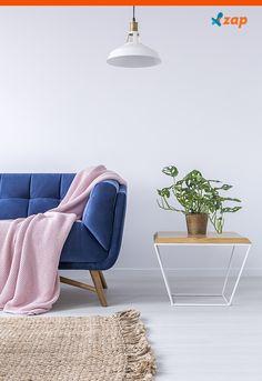 Para quem tem animais de estimação, os sofás devem ter tecidos resistentes e de fácil limpeza. Clique e confira algumas dicas que separamos para você: