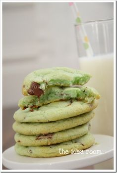 Mint Chocolate Chip Cookies from the Idea Room. Fun for St. Patrick's Day! (and look good)