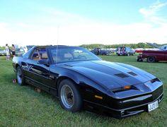 Pontiac Firebird Trans Am GTA www.motorthing.com