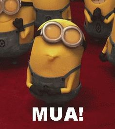 minion pictures goodnight | minion-kiss | Funny Animated Gifs Images - 9To5Gifs