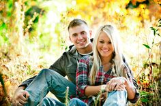 Oregon Country Rustic Engagement Session - Rustic Wedding Chic