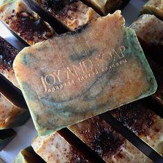 Порезала кедровое мыло с 10 февраля в продаже в моем магазине http://www.livemaster.ru/joysoap #натуральное #натуральный #мыло #мылонатуральное #joysoap #joy_and_soap #натуральноемыло #мылоснуля #мыломосквакупить #мылонапродажу #мылоназаказ #купитьмыло #купитьмылоручнойработы #купитьмыловмоскве #мылоручнойработы #soapmaking #coldprocesssoap #handmadesoap #кедр #кедровый #кедровоемыло ##cedar #cedarsoap #живица #живицакедра #натуральная_косметика