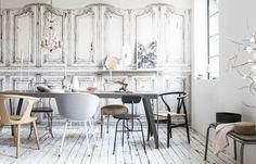 vintage-deuren-behang-eetka Dining Chairs, Dining Room, Dining Table, Door Wall, My House, Art Deco, Doors, Kitchen, Furniture