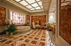 Clic Roman Style Interior Design For Bathroom