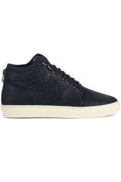 Gave Mason Garments COACH GRANT MID CROC NAVY (blauw) Heren sneakers van het merk mason garments . Uitgevoerd in blauw. Lees meer op http://www.sneakers4u.nl/sneakers-online/mason-garments-coach-grant-mid-croc-navy-blauw/