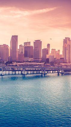 海沿いの大都会 iPhone6 Plus 壁紙