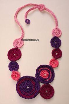 crochet: necklaces/bracelets on Pinterest Crochet necklace, Crochet ...