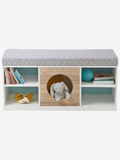 45 Ideas for baby nursery scandinavian shelves Baby Nursery Diy, Baby Bedroom, Nursery Room, Scandinavian Shelves, Scandinavian Nursery, Monkey Room, Boy Girl Room, Toddler Rooms, Banquette