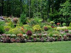Landscaping Ideas For Slopes a Nature Beauty Adjustment