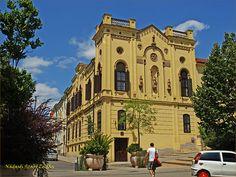 Nádasdi-blog: Egy óra Kaposváron Mansions, House Styles, Blog, Home Decor, Decoration Home, Manor Houses, Room Decor, Villas, Mansion