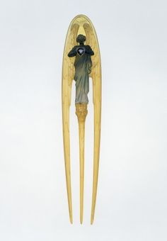 Hair Comb Made Of Horn, Glass And Sapphire By Rene Jules Lalique (1860-1945) - Paris, France  c.1900
