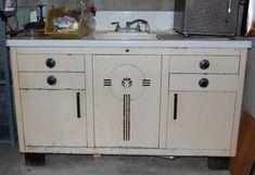 Vintage Cabinets Kitchen Wood Kitchen Vintage Kitchen Cabinets For Sale Uk Vintage Kitchen Cabinets, Kitchen Cabinets For Sale, Old Kitchen, Metal Cabinets, Kitchen Sideboard, Ikea Kitchen, Updated Kitchen, Kitchen Ideas, Cabinet Hoosier