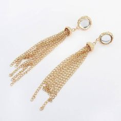 Yoins Yoins Gold-Tone Crystal Tassel Earrings (€3,73) ❤ liked on Polyvore featuring jewelry, earrings, gold, crystal jewellery, gold tone earrings, tassel jewelry, crystal jewelry and sparkle jewelry