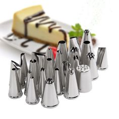 Icing Nozzles set Cake 24 Pcs / Set Smile Big Stainless Steel Tips Set For Cake Decorating Icing Piping Nozzles Cake Sugar Craft Kitchen Accessories.
