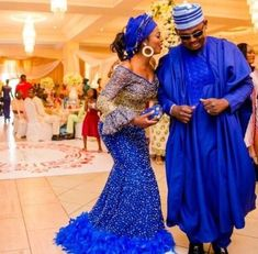 Here are some lovely asoebi styles for your wedding occasions and other special events you have to attend. Nigerian Wedding Dress, African Wedding Attire, African Attire, Nigerian Weddings, Nigerian Bride, African Lace Dresses, Latest African Fashion Dresses, African Men Fashion, Latest Fashion