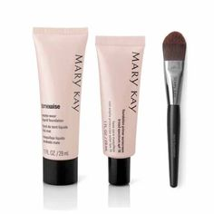 Flawless Finish Set: TimeWise® Matter-Wear® Liquid Foundation, Mary Kay® Foundation Primer Sunscreen Broad Spectrum SPF 15, Mary Kay® Liquid Foundation Brush. Available at www.marykay.com/jennallyn