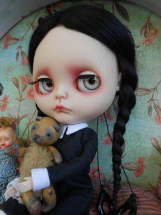 Custom Wednesday Addams by Spookykidsworkshop on Etsy Ooak Dolls, Blythe Dolls, Gothic Fantasy Art, Mickey Mouse, Scary Dolls, Living Dead Dolls, Gothic Dolls, Halloween Doll, Creepy Art