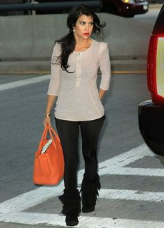 leggings kourtney kardashian