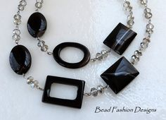 Black Agate and Crystal Never-ending Necklace.SRAJD