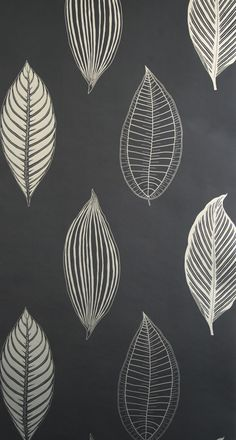 osborneandlittle wallpaper. Love the colours. Would prefer a different design though.