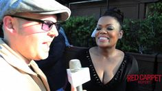Interview w/ Yvette Nicole Brown @YNB talks #Sense8 & the Muppets at the 41st Annual Saturn Awards #SaturnAwards