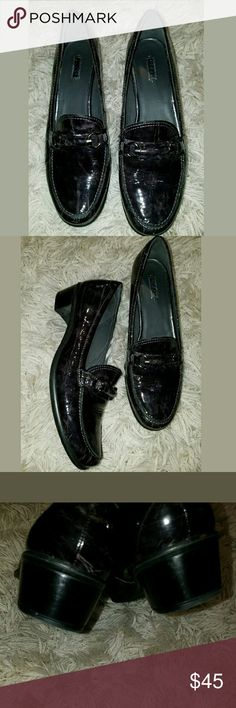 Ecco Marble Patent Loafers Women's Ecco Marble Patent Loafers Shoes Size 39 / 8 - 8.5  Excellent used condition.   Shoes are a marble black and gray color, but they almost appear to have a purpleish tint to them.    LB Ecco Shoes Flats & Loafers