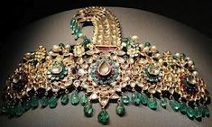 Sarpech of Maharaja Bhupinder Singh of Patiala North India, late 19th century — Diamonds,emeralds,rubies,enamel and gold — Museum of Islamic Art, Doha