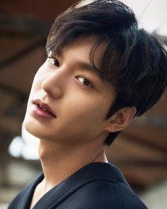 Korean Male Actors, Actors Male, Asian Actors, Korean Celebrities, Lee Min Ho Images, Lee Min Ho Photos, Legend Of Blue Sea, Lee Minh Ho, Hot Korean Guys