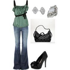Casual Date night outfit, love, love, love this ring!