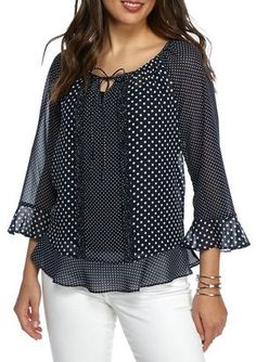 Melissa Paige Gone Dotty Chiffon Peasant Blouse Blouse Styles, Blouse Designs, Look Fashion, Womens Fashion, Fashion Design, Modelos Fashion, Peasant Blouse, Western Outfits, Dress Patterns