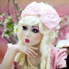 @Charis Lincoln makeup