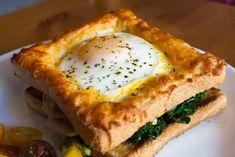 Cheesy Baked Egg Toast Sandwich