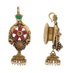 Antique Gold Studs from Prince Jewellery. This 22 carat gold studs are from Prince Jewellery. Gold Earrings Designs, Bracelet Designs, Jhumka Designs, Antique Earrings, Antique Jewelry, Jewelry Armoire, Sterling Silver Jewelry, Gold Jewelry, Jewellery Box