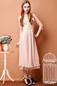 Lace Bound Waist Pleated Dress with Cropped Sleeves