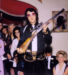 the king with a rifle
