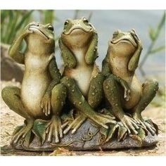 Here are some frog gifts for the garden that all frog lovers would like to have. Frog statues, frog spitters, frog garden stakes all make great...