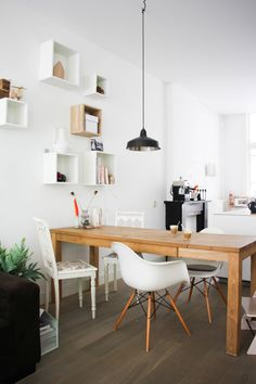 Fresh Scandi Inspired Style in Amsterdam by Holly Marder/Avenue Lifestyle. The home of Design Lemonade's Jessica Peters.