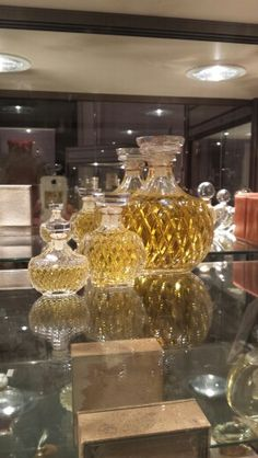 Parfumflessenmuseum #Winkel