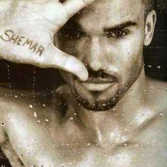 Beautiful men- Shemar Moore...