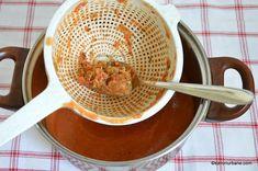 Supă cremă de roșii coapte cu crutoane cu parmezan sau de post | Savori Urbane Parmezan, Celery